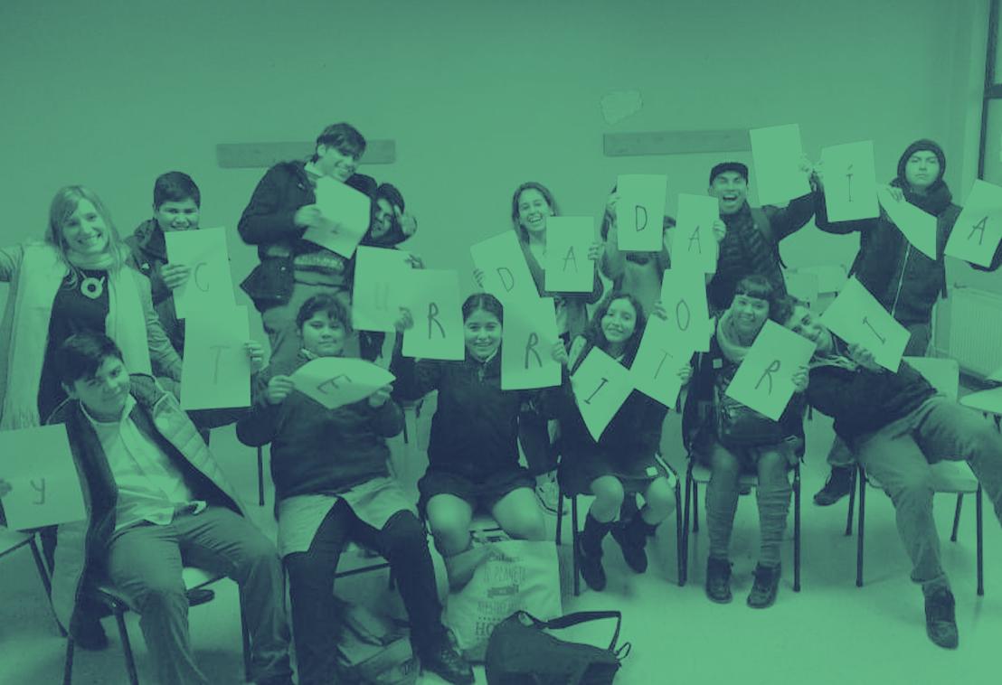 Imagen de Organizaciones sociales fortalecen la formación ciudadana de un centenar de estudiantes