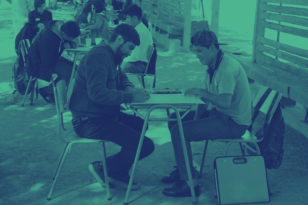 Imagen de Educación 2020 y Fundación SURA en Chile apoyan la innovación educativa con Tutorías entre Pares